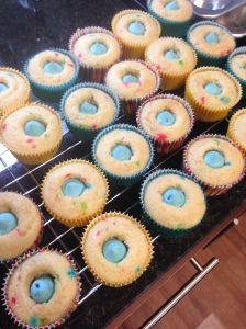 Cupcakes with blue frosting